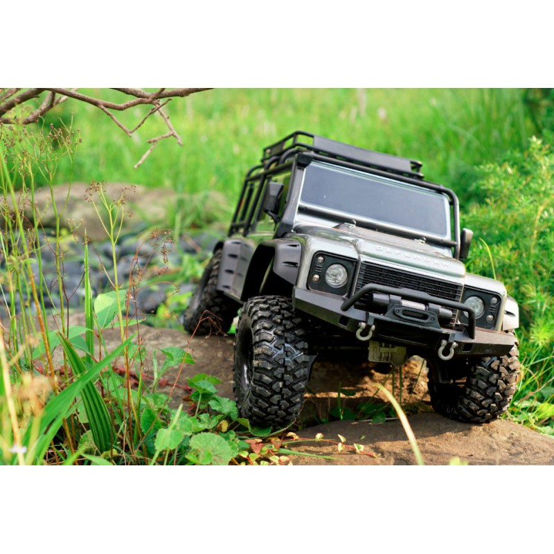 Traxxas TRX-4 Defender grey